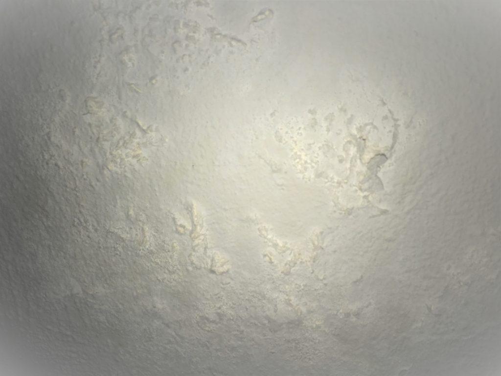 Eflorescencia de carbonato cálcico